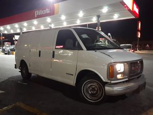 GMC savana 2500 año 2000 for Sale in North Las Vegas, NV