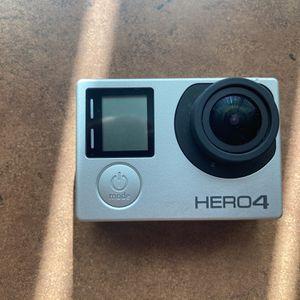 gopro hero 4 whit extrad for Sale in Peoria, AZ