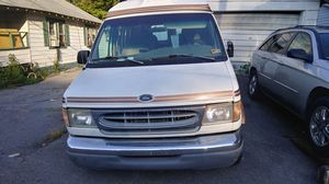 98 ford e-150 van 500 or obo for Sale in Rainelle, WV