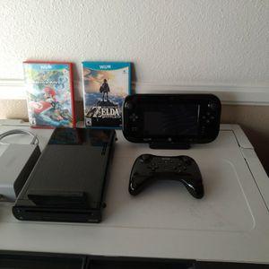 Wii U 32G Console, 2 Games & Wireless Remote for Sale in Buena Park, CA