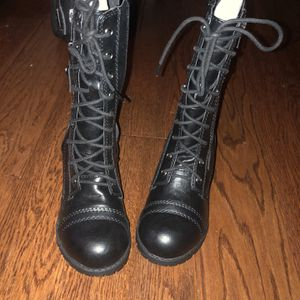 Lady's Combat Boots (new) for Sale in Murfreesboro, TN