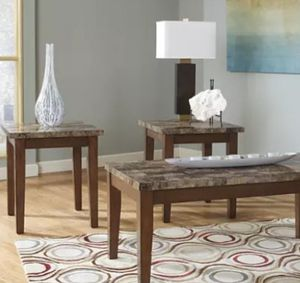 Coffee and end tables for Sale in Arlington, TX