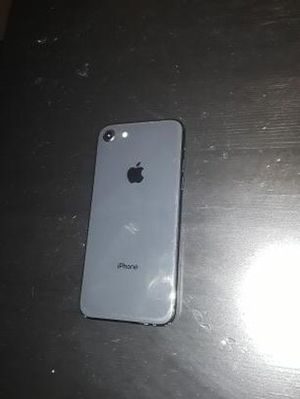 iPhone 8 space grey for Sale in Carrollton, TX