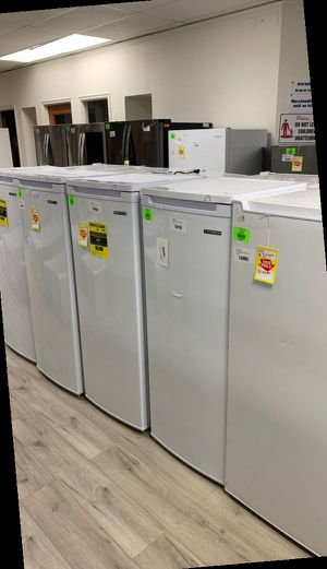 THOMSON STAND UP FREEZERS 7.5 cubic feet LIQUIDATION SALE F R for Sale in Ontario, CA