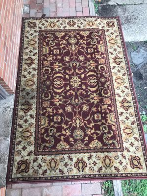 living room rug for Sale in Columbus, OH
