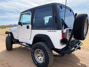 1993 Jeep Wrangler YJ 4.0L 4x4 for Sale in Sun City West, AZ