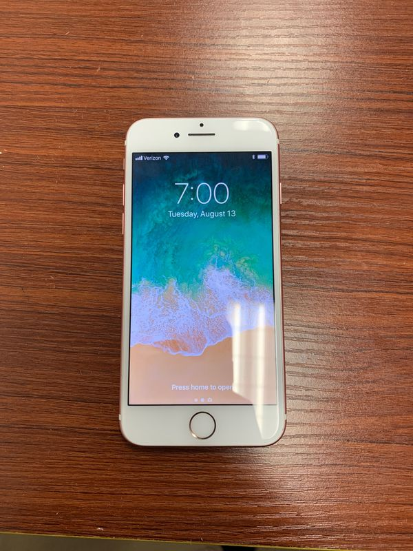 Iphone 7 128GB, Unlocked in an EXCELLENT condition.