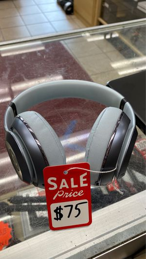 Beats studio 2's for Sale in Tampa, FL