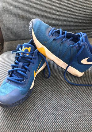 Kids Basketball Shoes , Kevin Durant for Sale in Heyworth, IL