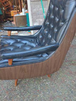Mid Century Armchair for Sale in Kirkland,  WA