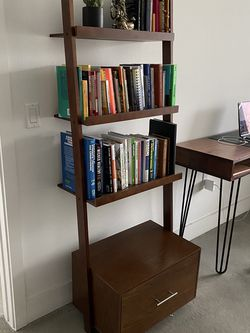 Bookshelf for Sale in Los Angeles,  CA