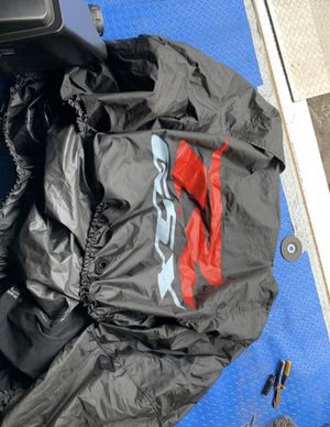 GSXR motorcycle cover for Sale in Dedham, MA