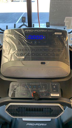 Proform Power 995i Treadmill w/ BT audio!! for Sale in Glendale, AZ