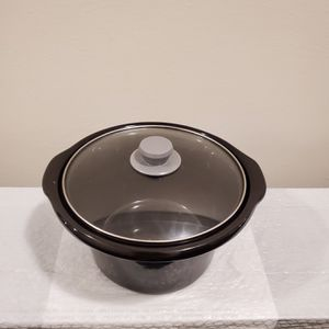 4-QUART, ROUND, CERAMIC CROCK POT INSERT with GLASS LID - firm price for Sale in Arlington, VA