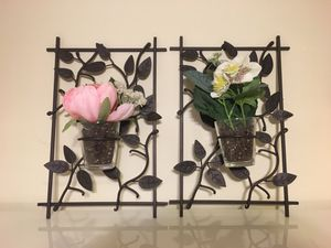 Iron leaf wall decor for plants or candles for Sale in Burbank, CA