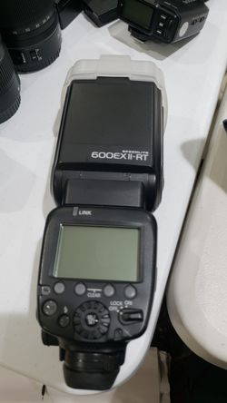 Canon 600ex II-rt for Sale in Chicago,  IL