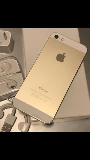 iPhone 5S - excellent condition, factory unlocked, clean IMEI for Sale in Springfield, VA
