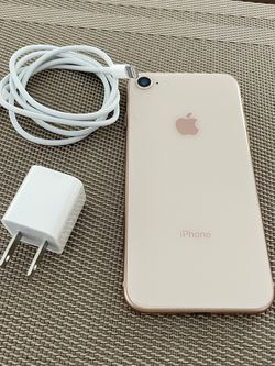 IPhone 8 Rose Gold 64gb factory unlocked (firm price) for Sale in Fort Lauderdale,  FL