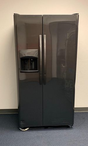 New Frigidaire Black Stainless Steel Refrigerator for Sale in Phoenix, AZ
