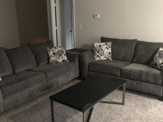 2-Piece Sectional w/ Table & Pillows for Sale in Alpharetta,  GA