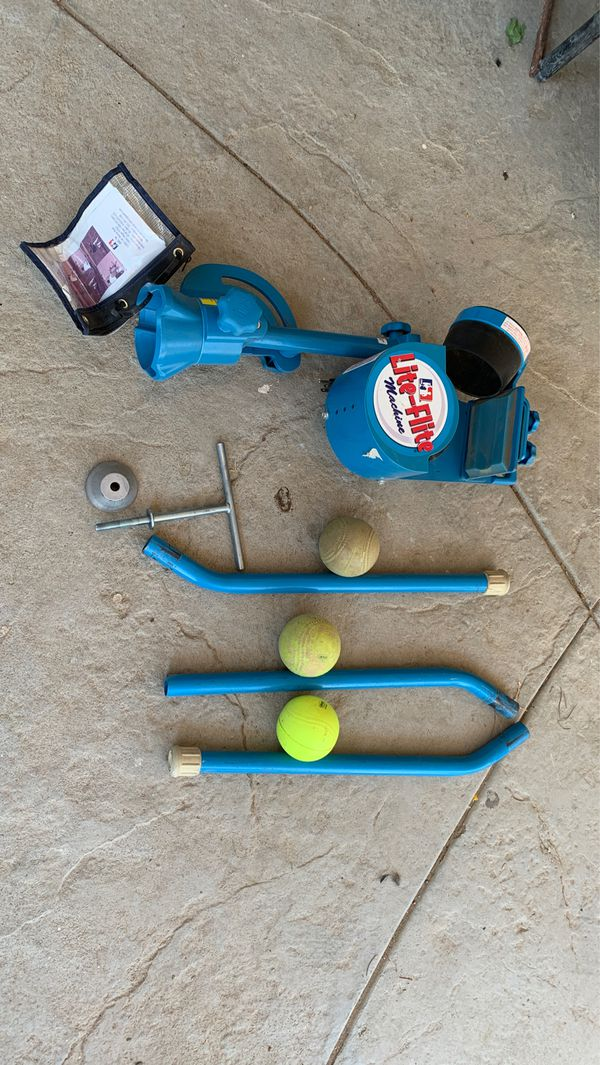 Lite-flite pitching machine