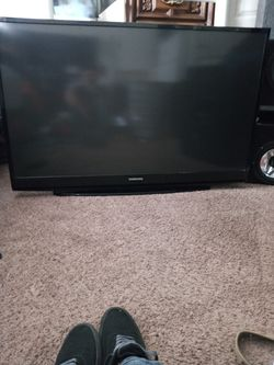 56 inch samsung tv for Sale in Jefferson City,  MO