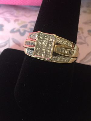 14k Yellow Gold Natural 1.25ctw Diamond Invisible Set Ladies Ring for Sale in Orange, CA