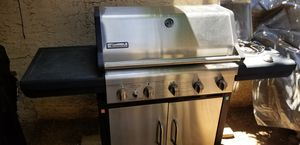 Propane BBQ Grill with side burner for Sale in Phoenix, AZ