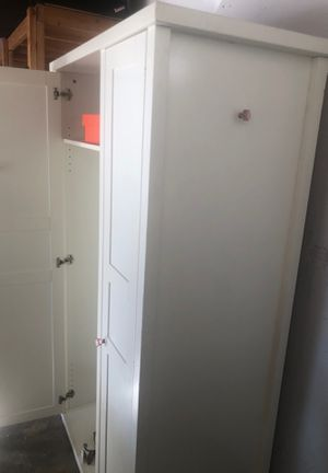 Closet/drawer for Sale in Los Angeles, CA