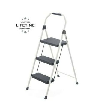 Brand New Gorilla ladders 3 -step ladder for Sale in Weymouth, MA