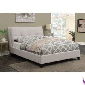 Platform queen bed frame available in king for Sale in Elgin, IL