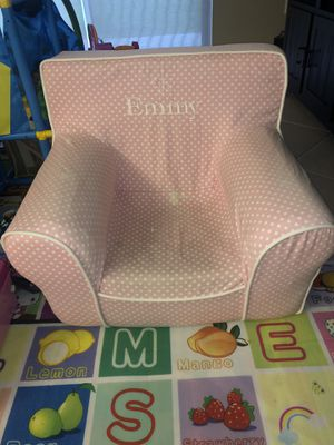 Pottery Barn Kids Chair for Sale in Miramar, FL