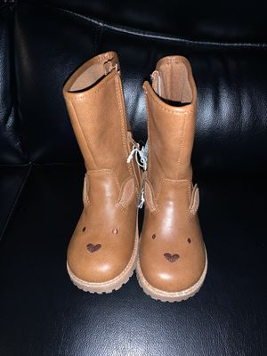 Girl's boots for Sale in Chino, CA