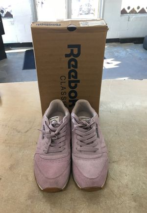 Reebok Classic Light Purple size 5 for Sale in Brentwood, NC