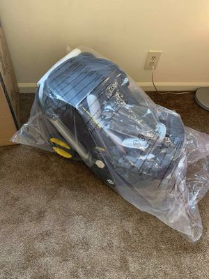 Baby car seat for Sale in Anaheim, CA