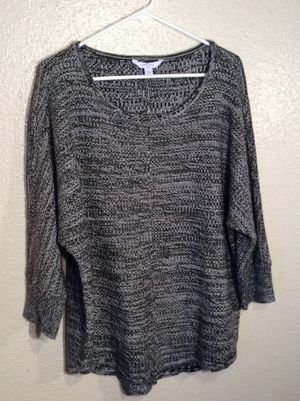 Like New Black White Women's BOUTIQUE PLUS 3/4 Sleeve Knitted Sweater Tunic in package - Size XL-XXL for Sale in Austin, TX
