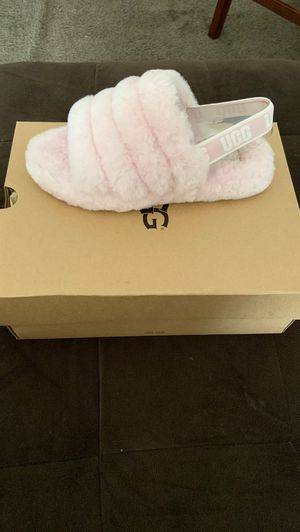 Brand New Uggs Never Worn Size 6 Women's for Sale in Pittsburg, CA