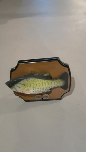 Singing fish. For mount on wall or put on desk for Sale in Sterling Heights, MI