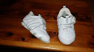 Baby girl shoes size 4c for Sale in Auburn, WA