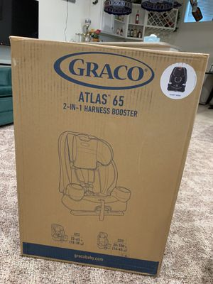 Graco baby car seat atlas 65 2in1 harness booster for Sale in Jerome, IL