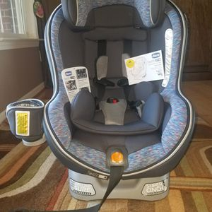 Chicco NextFit Zip Convertible Car Seat excellent for Sale in South Lyon, MI