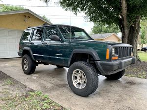 2001 Jeep Cherokee XJ 4WD RHD for Sale in Kissimmee, FL