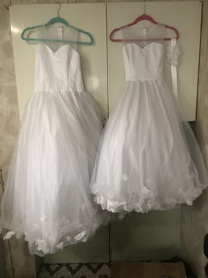 2 Flower girl dresses used once size 7/8 and 10/12. for Sale in Addison, IL
