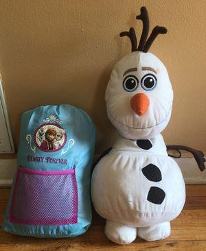 Frozen sleeping bag set with Olaf stuffed animal for Sale in Warren, MI