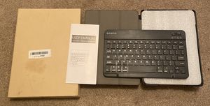 Bluetooth keyboard with iPad case for Sale in Sterling Heights, MI
