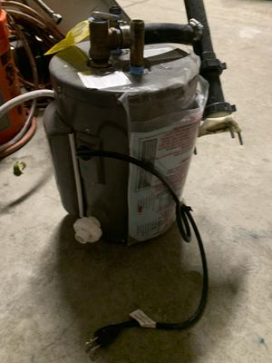 Water heater for Sale in Adelanto, CA