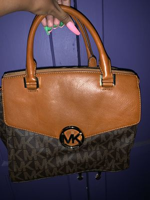 Michael Kors bag and wallet for Sale in Long Beach, CA
