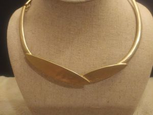 White House Black Market Gold Plated Choker & Matching Ring WEEKEND FLASH SALE! ENDS SUN! for Sale in Carlsbad, CA