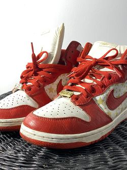Nike SB Dunk High X Supreme (red) for Sale in Silver Spring,  MD