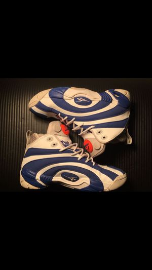 Rare OG REEBOK SHAQNOSIS PUMP SNEAKERS size 8 for Sale in Seattle, WA